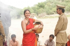Sonakshi Sinha and Manobala