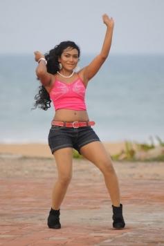 Actress Risha in Lodukku Pandi