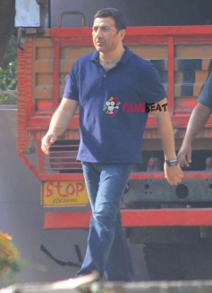 Sunny Deol on the sets of Ghayal Returns