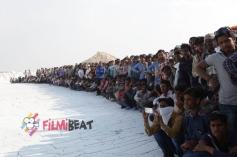 Bollywood Movie Kis Kisko Pyaar Karu On The Sets Still