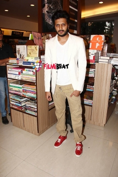 Riteish Deshmukh Launch 'Teenage Matters'