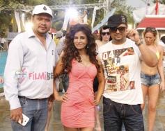 Dinesh Tiwari, Saru Maini & DJ Sheizwood