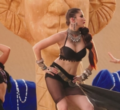 Sunny Leone in Glamorous Ankhiyaan Song