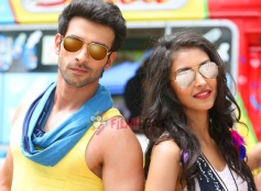 Girish Kumar and Navneet Kaur Dhillon in LoveShuda