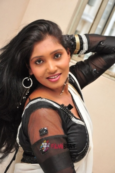 Eesha ( Telugu Actress)