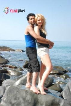 Tanya & Farook in 141 (I Love U)