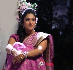 Vaishali Deepak in Hadi Bedi Love Story