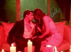 Daisy Shah & Karan Singh Grover in Hate Story 3