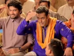 Salman Khan Rehearsal for Prem Ratan Dhan Payo Song