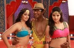 Varalaxmi Sarathkumar, Vishal and Anjali