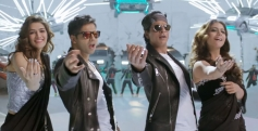 Kriti Sanon, Varun Dhawan, Shahrukh Khan & Kajol in Tukur Tukur Song