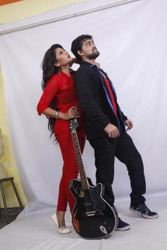 Neha Saxena & Tejas in One Time