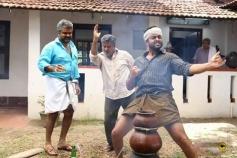 Prithviraj Sukumaran, Anoop Menon & Biju Menon in Paavada