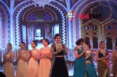 Raveen Tandon Walks the Ramp  At 3rd India Bullion and Jewellers Association Awards 2015