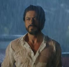 Shahrukh Khan at Dilwale