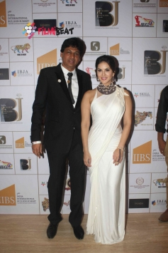 Sunny Leone at 3rd India Bullion and Jewellers Association Awards 2015