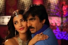 Actress Shruti Hassan & Ravi Teja in Yevanda