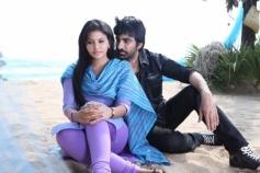 Anjali & Ravi Teja in Yevanda