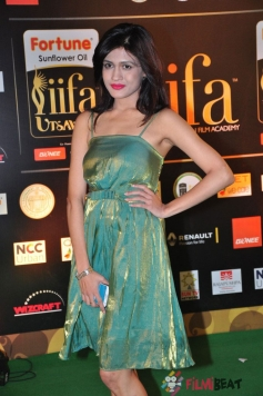 Kimaya at IIFA Utsavam Awards 2016