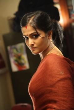 Remya Nambeesan in Sethupathi