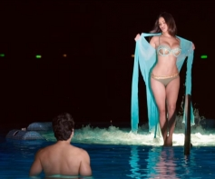 Sunny Leone in Bikini