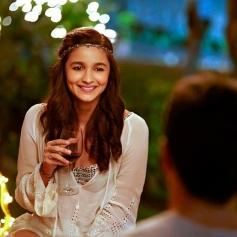 Alia Bhatt in Kapoor & Sons