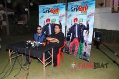 Mika Singh on the Set of Bollywood Movie Santa Banta Pvt Ltd