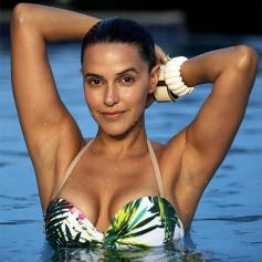 Neha Dhupia Wear Bikini in Santa Banta Pvt Ltd