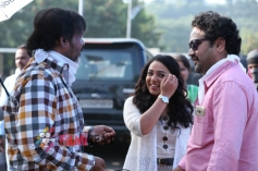 Okka Ammayi Thappa Movie Working Stills