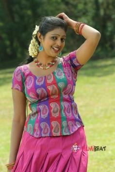 Puthusa Naan Poranthen