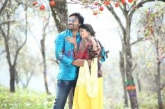 Shiva & Naina Sarwar in Adra Machan Visilu