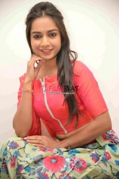 R Anusha