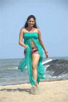 Haripriya Stills from Silanthi 2