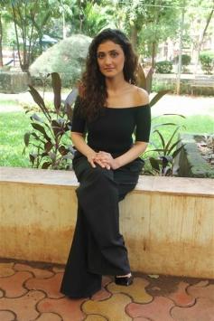 Ragini Khanna Photoshoot for Gurgaon