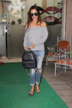 Malaika Arora Spotted At Muah Salon Bandra