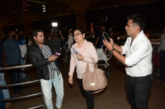Anuskha Sharma Spotted With Her Family At Airport