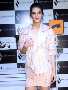 Kriti Sanon At Skecher Street Party In New Delhi