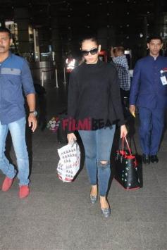 Mira Rajput Spotted At Mumbai Airport