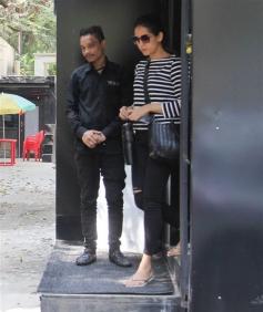 Mira Rajput Spotted At Tip And Teo Salon Juhu