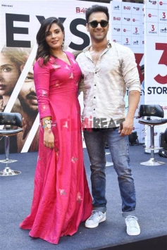 A Unique Trailer Launch for 3 Storeys In A Chawl