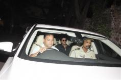Shahrukh Khan Spotted At Dilip Kumar House Bandra
