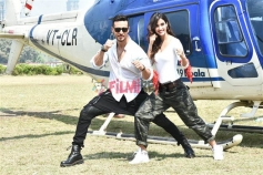 Tiger Shroff And Disha Patani Landing Via A Chopper At Mahalaxmi's Racecourse