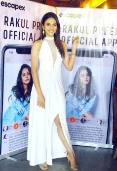 Rakul Preet Singh Launches her Official Mobile App