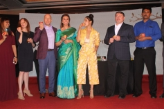 Yami Gautam Launch Pinata Apples
