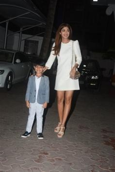 Shilpa Shetty And Raj Kundra With Birthday Boy Son Viaan