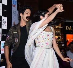 Jhanvi & Ishaan Promote Dhadak Movie In Mumbai Photos