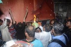 Rajinikanth's Fan's Celebrating Kaala's First Day First Show In Mumbai