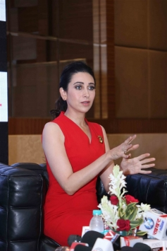 Karishma Kapoor During AB Event In Chandigarh Photos