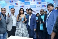 Rashi Khanna Launches Honer 9 Smart Phone At Lot Mobiles Kukatpally