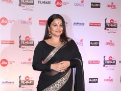 Red Carpet Photos of Jio Filmfare Awards 2018